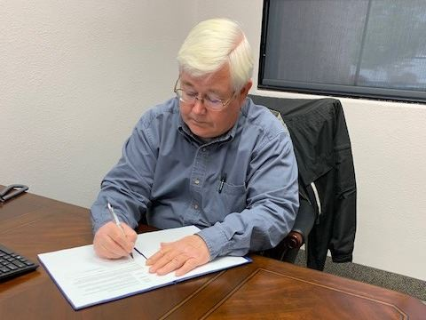 Mayor Signing Emergency Declaration